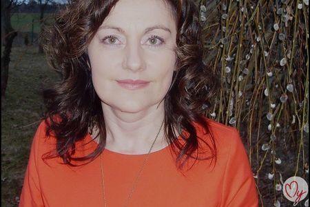 Partnervermittlung Frauen aus Russland/Ukraine kennenlernen: Galina ...